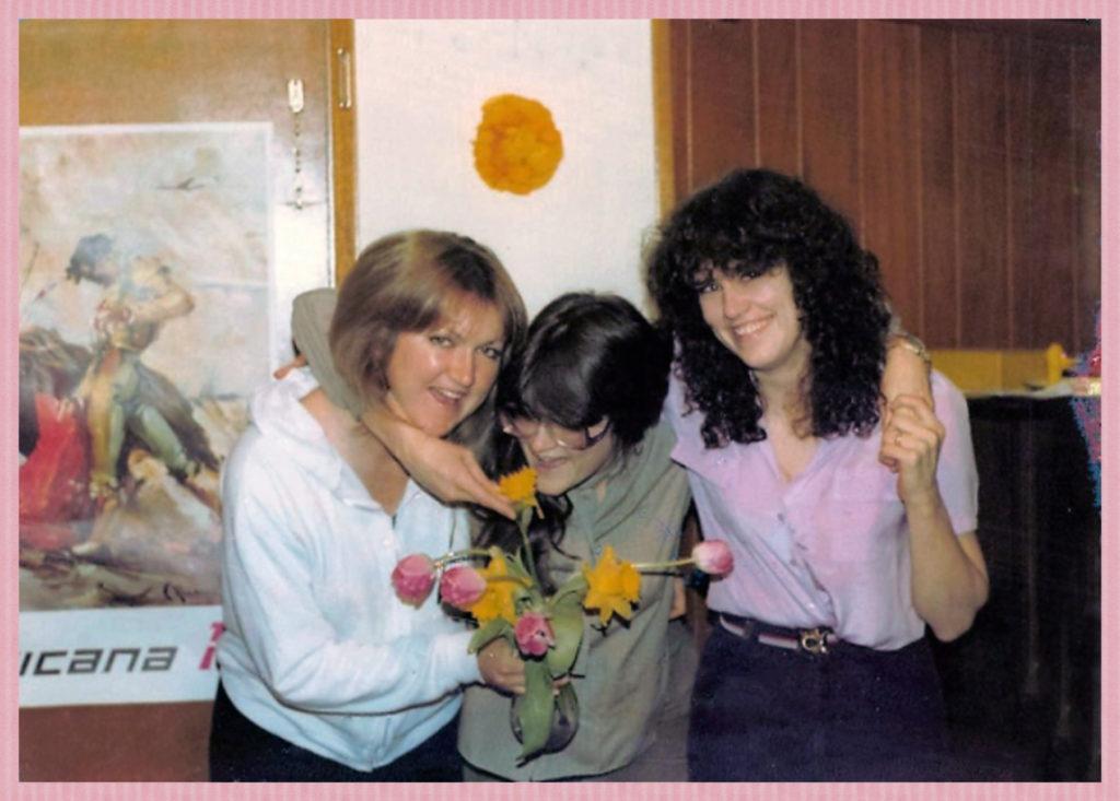 3 Knutsen Sisters (just like 3 Soames sisters in the novel!)