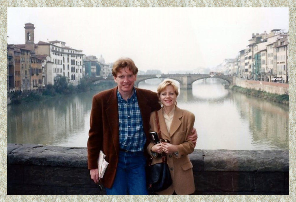 Bill and Bobbi Atherton on the Bridge of Sighs (no fellow tourists in sight!!)