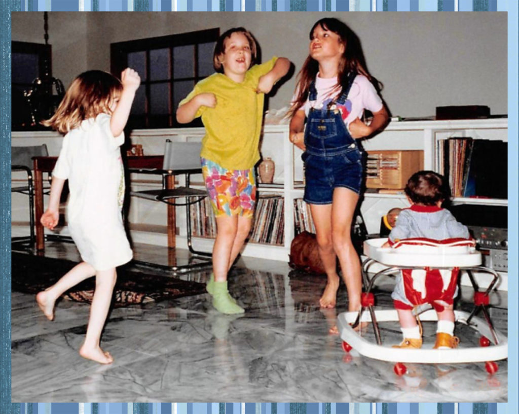 "Bree, Carly and Sam dance ""The Chicken"". Connor, in walker, doesn't know what to think."