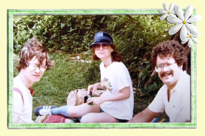 John, Gail and Bennett Traub enjoy a picnic