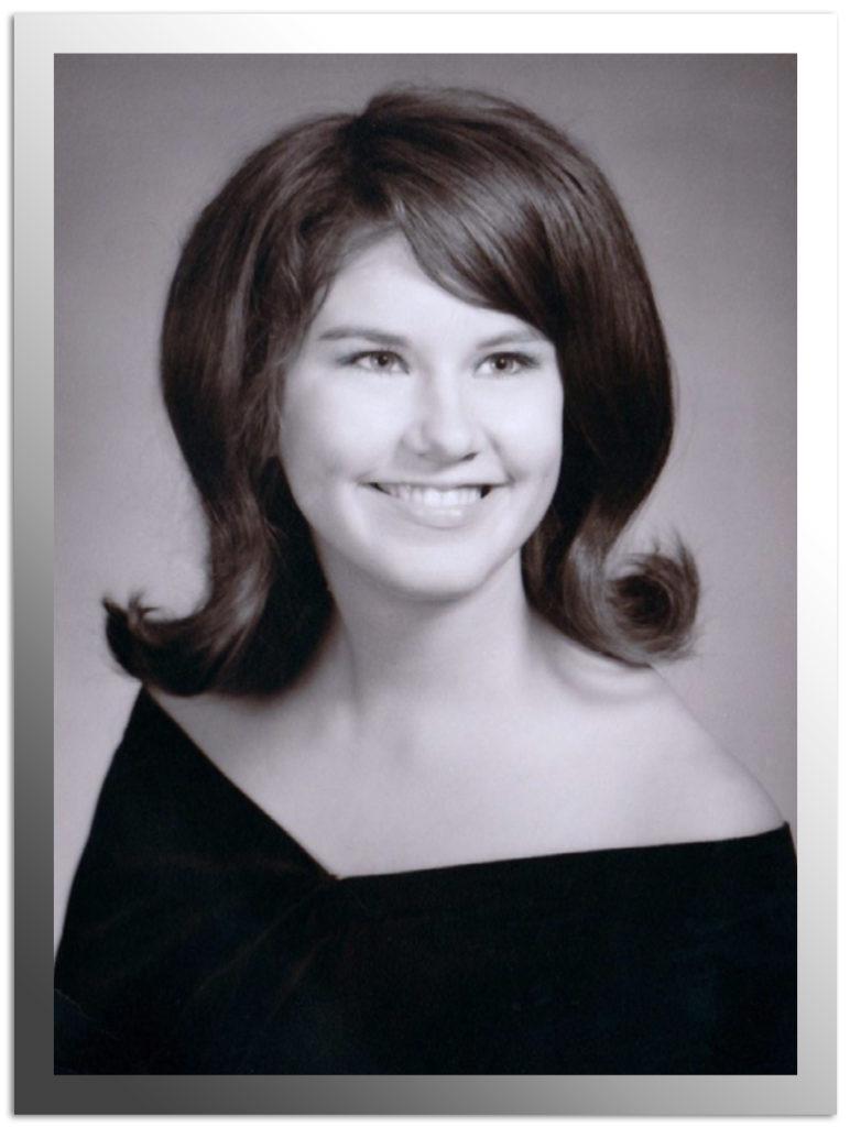 Kathleen Knutsen Senior Picture